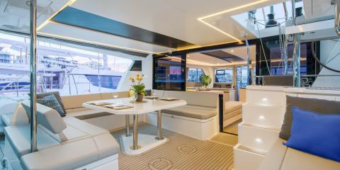 Moorings 5000 interior deck